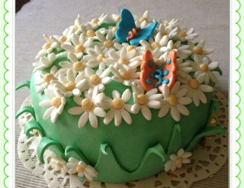 Cake design: un prato fiorito