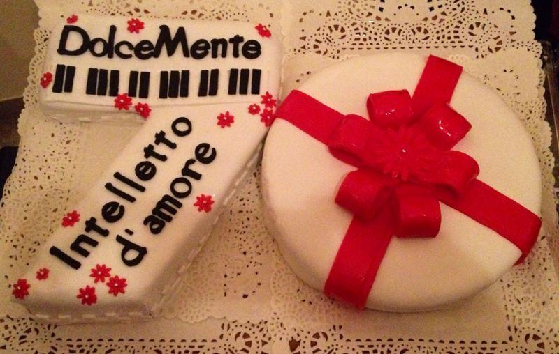 Cake Design Torta 70 Anni Cucina Con Sara