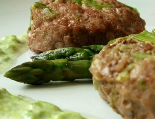 Ricetta asparagi e hamburger