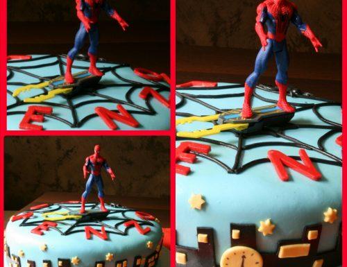 Cake design: spiderman