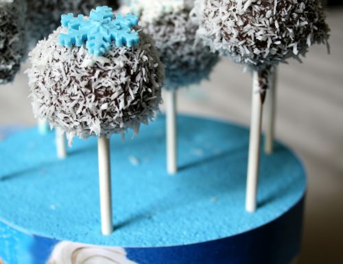 Cake pops Frozen