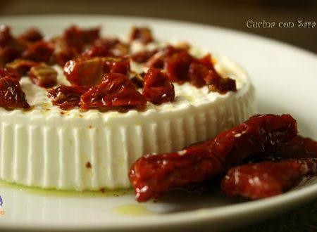Ricetta primo sale con pomodori secchi