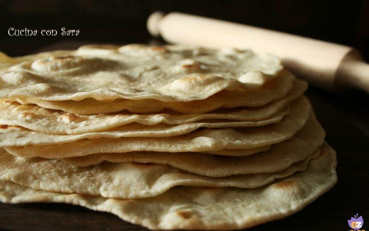 Piadina ricetta base, semplice e velocissima