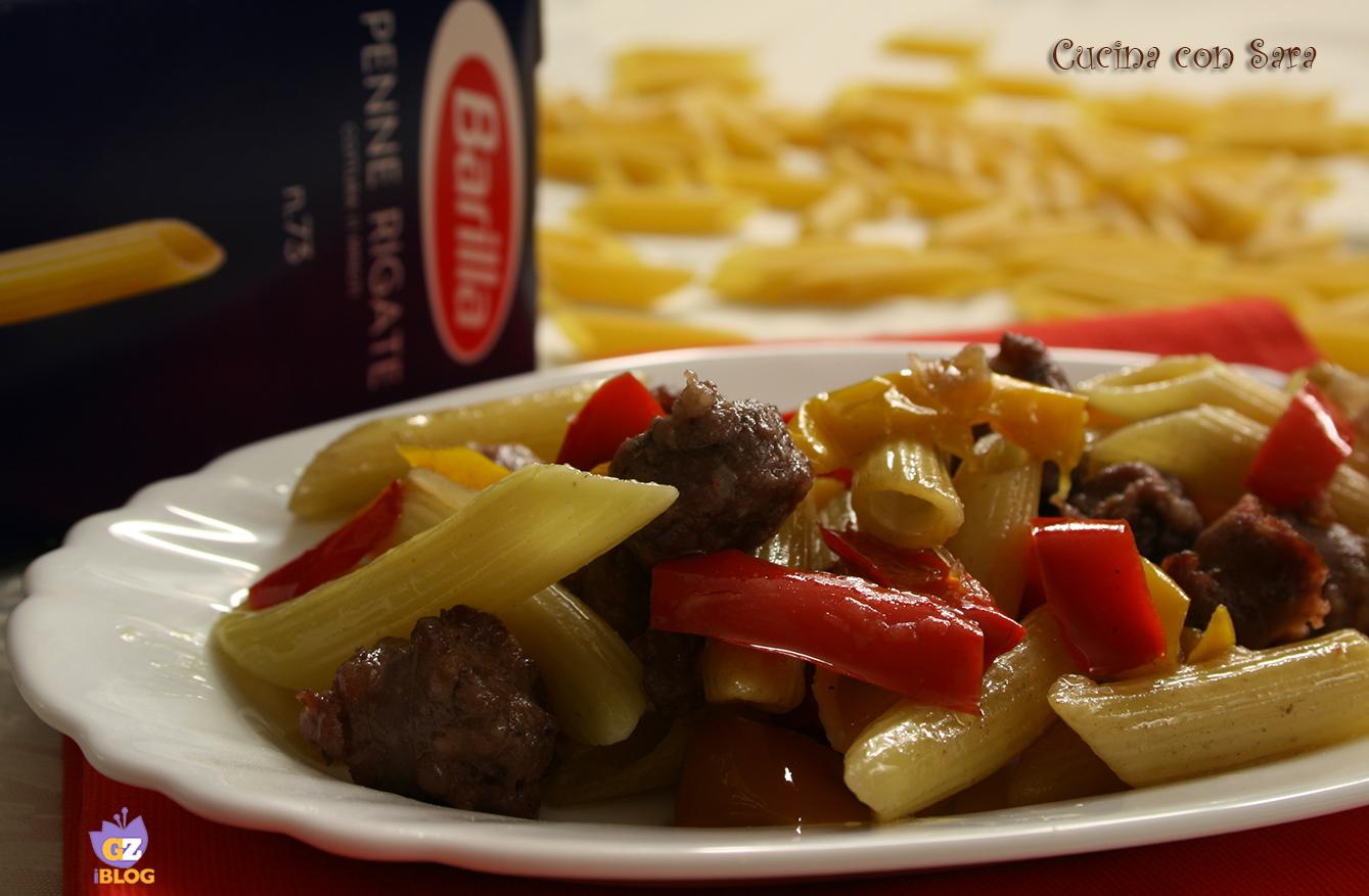 Penne con salsiccia e peperoni, cucina con sara