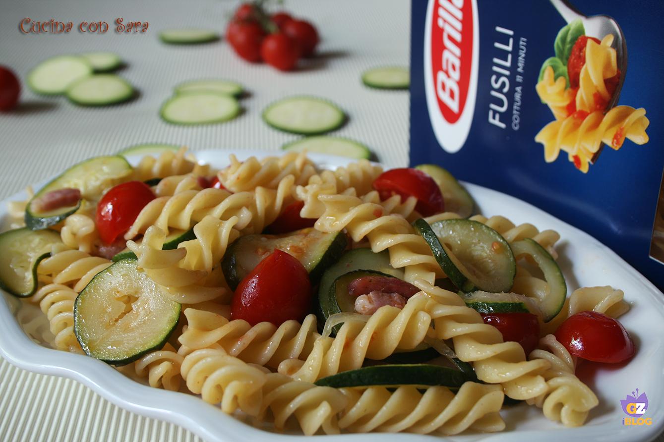 Fusilli zucchine e pancetta, cucina con sara