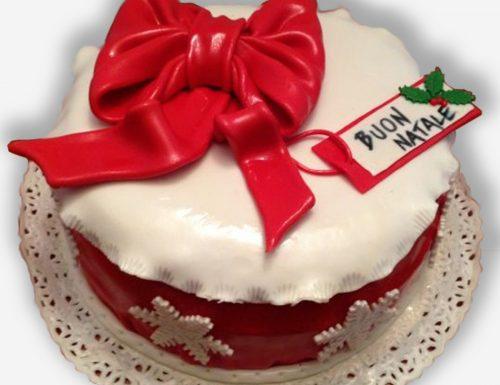 Torta pacco regalo natalizio