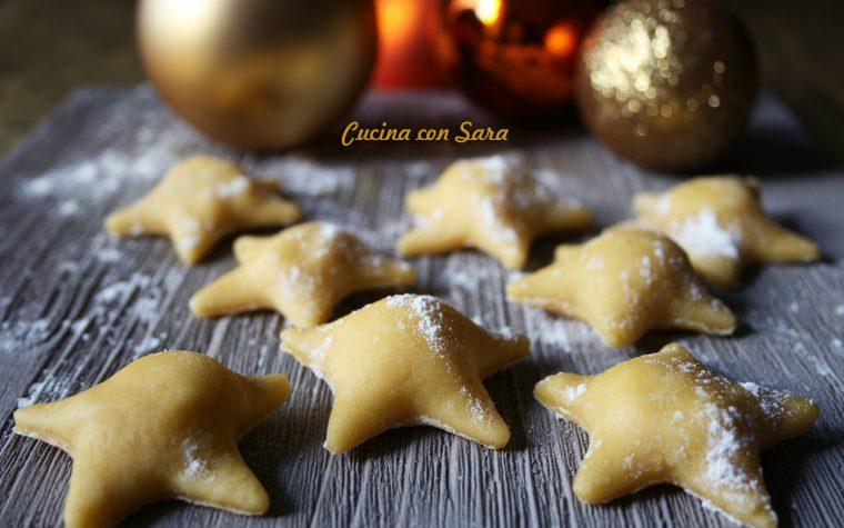 Ravioli a stella con pecorino, miele e noci
