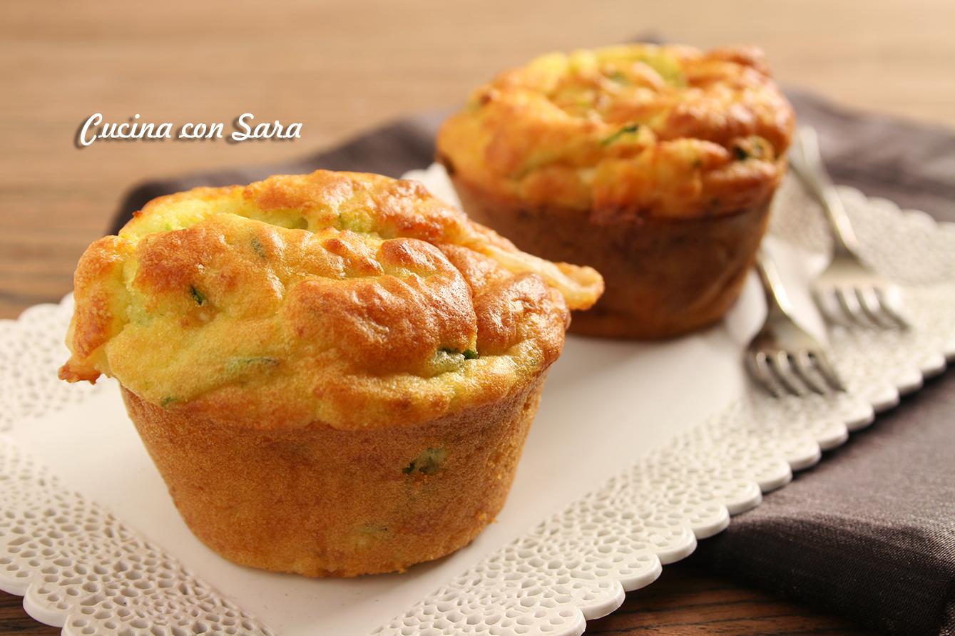 Muffins salati asiago e zucchine, ricetta antipasto