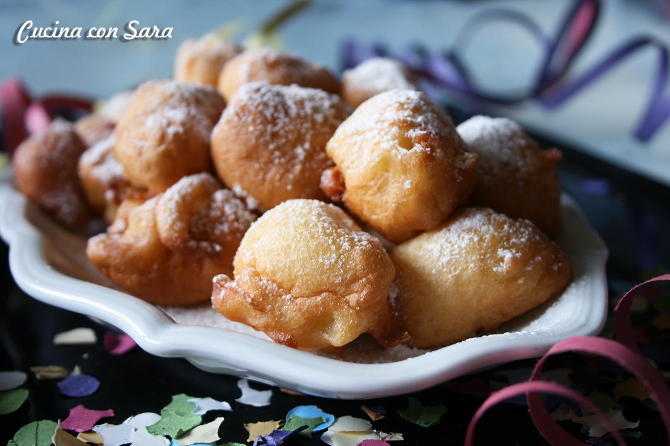 Castagnole con le mele ricetta di carnevale - Cucina con vale ...
