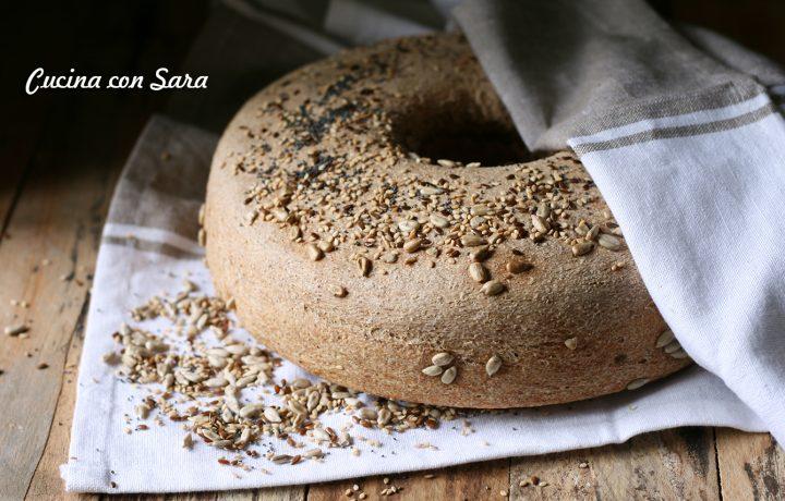 Ciambella pane integrale con semi misti
