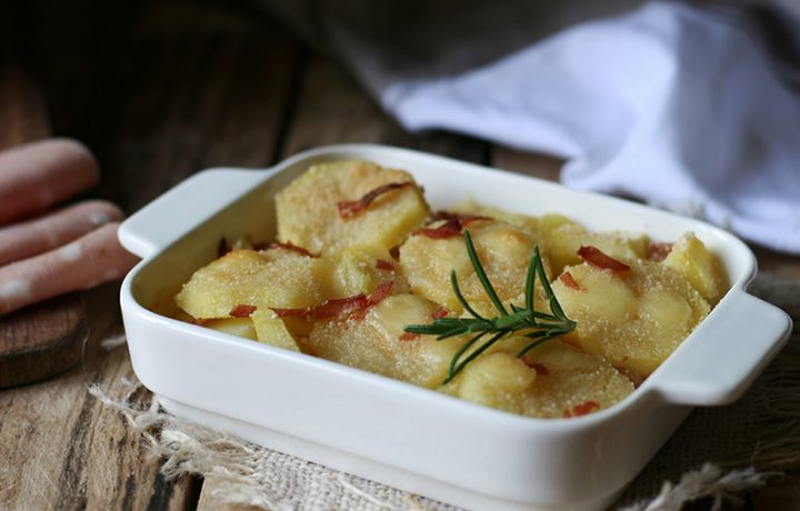 Ricetta millefoglie di patate con fontina e mortadella