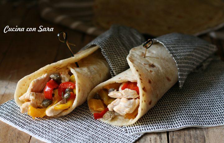Piadina pollo peperoni e capperi di Pantelleria