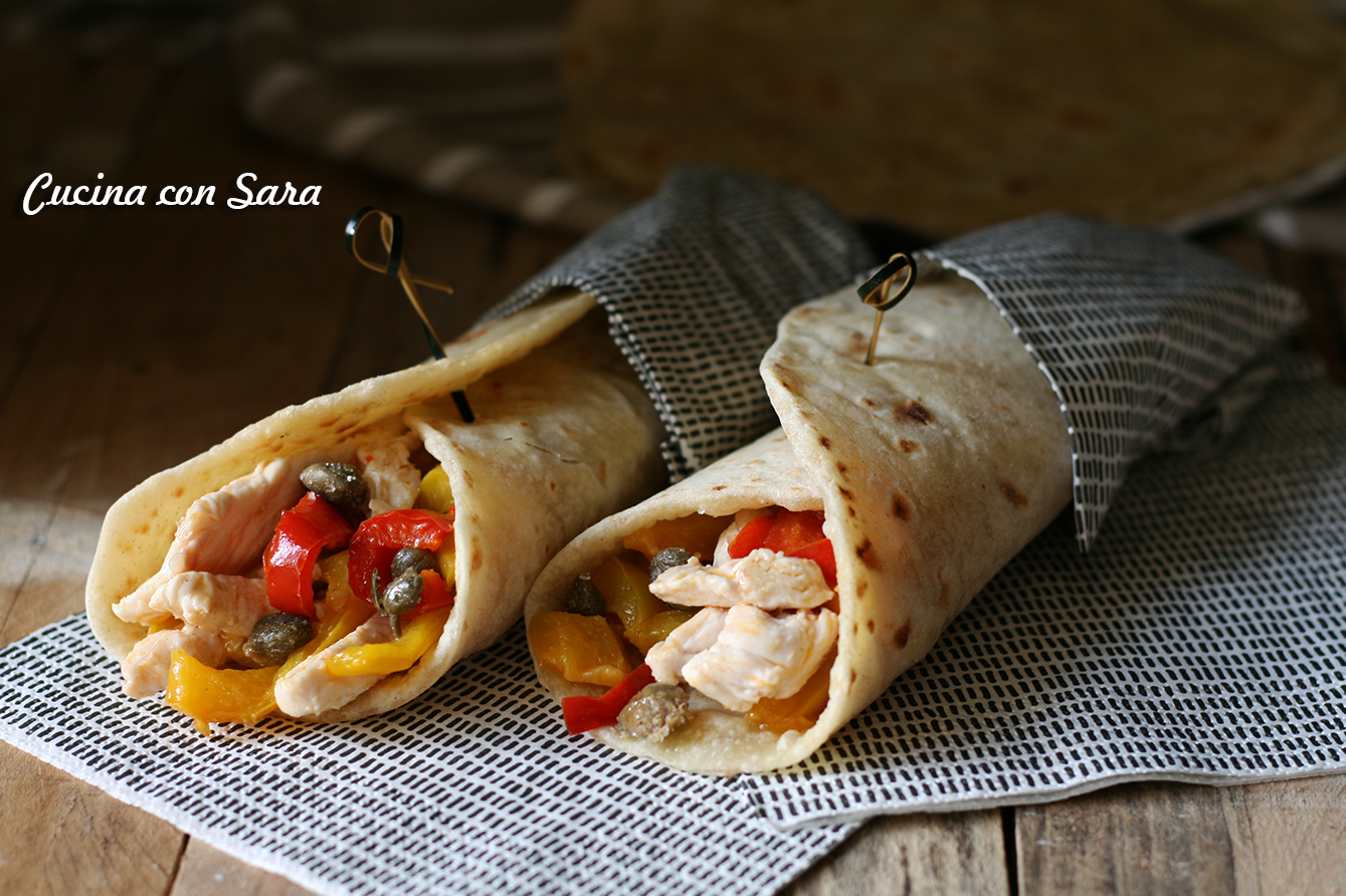Piadina pollo peperoni e capperi di Pantelleria, cucina con sara