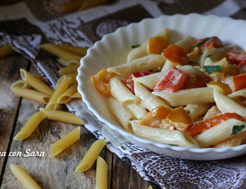 Ricetta pasta peperoni e crema di formaggio
