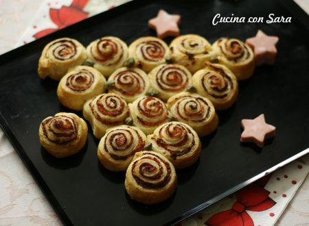 Albero girelle di sfoglia - antipasto natalizio velocissimo