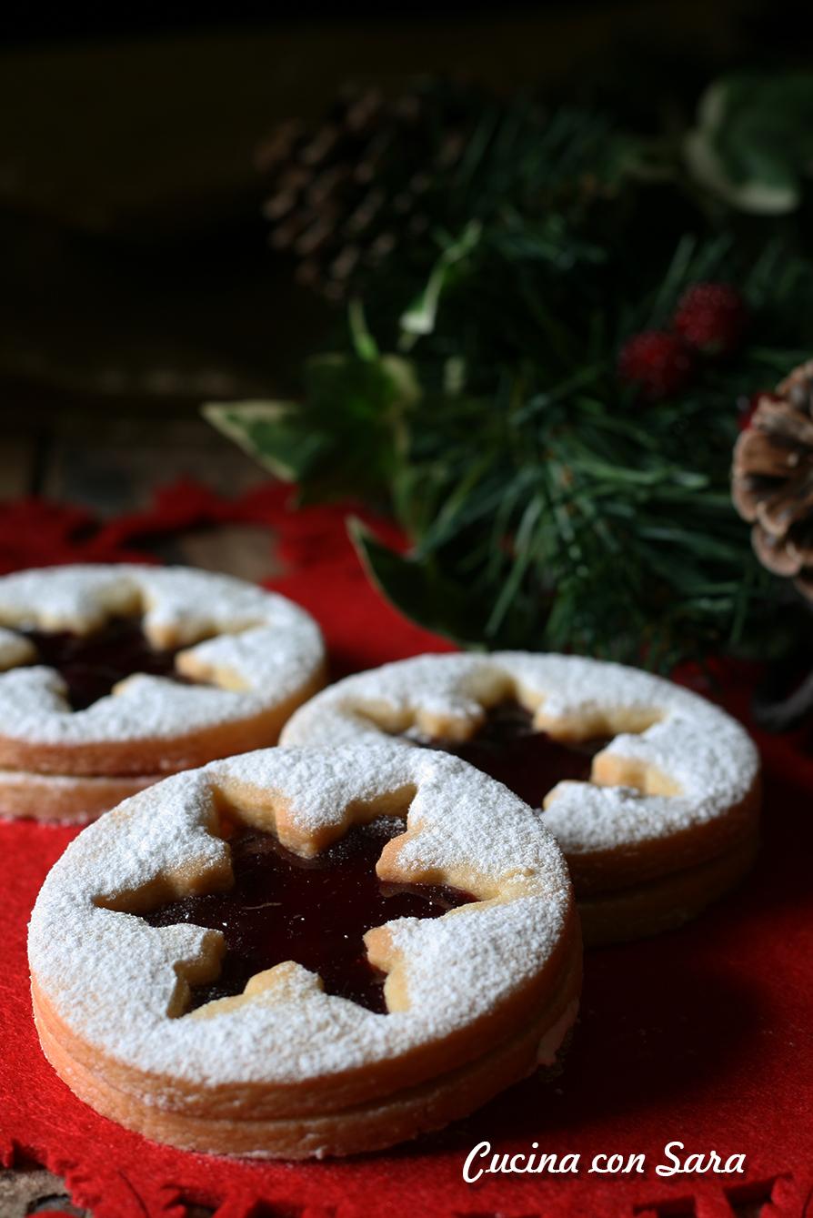 Biscotti Di Natale Con Marmellata.Ricetta Biscotti Natalizi Con Confettura Di Melagrana
