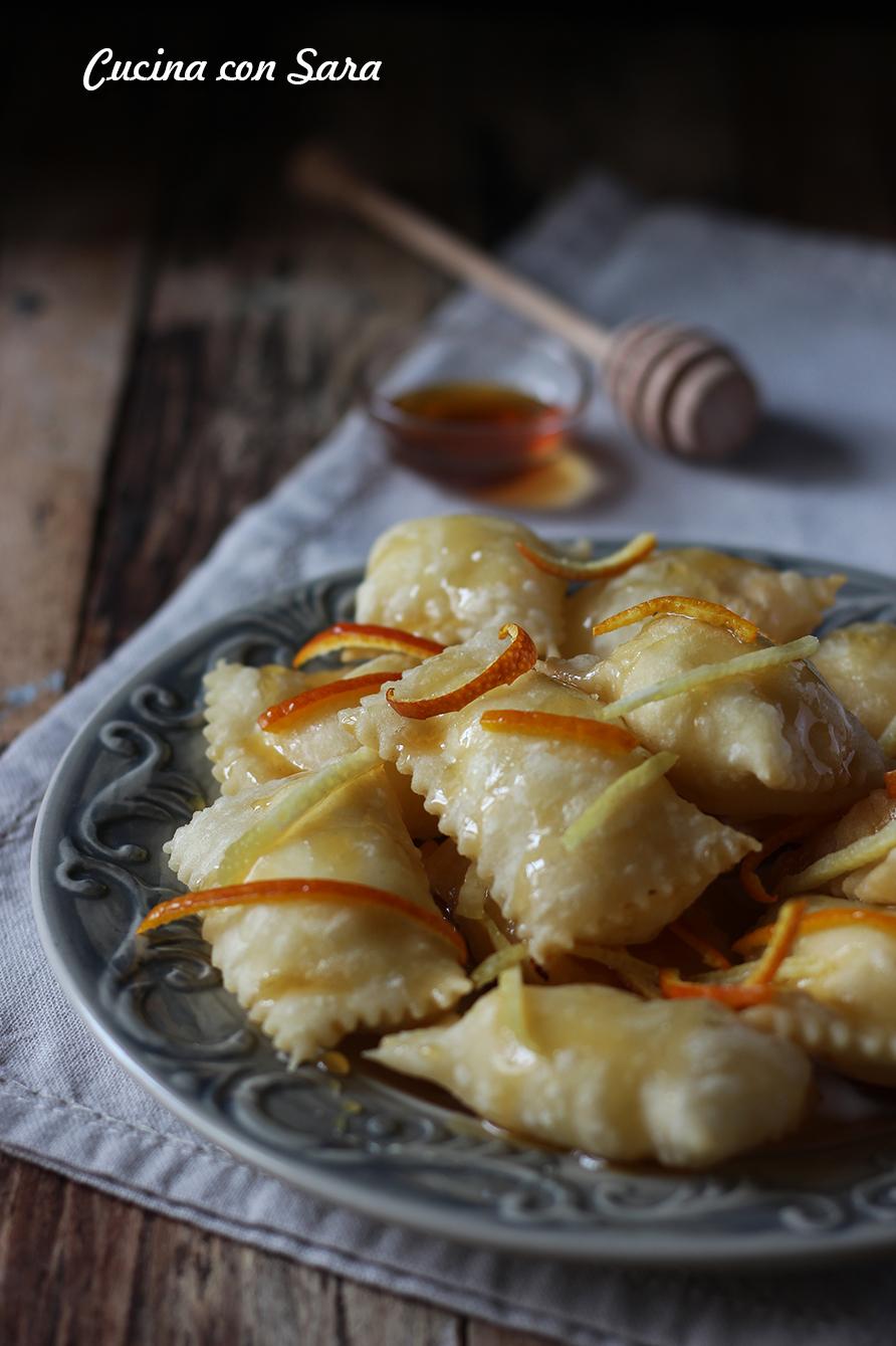 Ravioli di ricotta fritti, cucina con sara