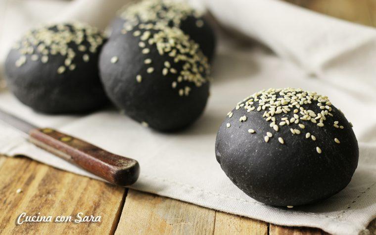 Panini neri – ricetta con carbone vegetale