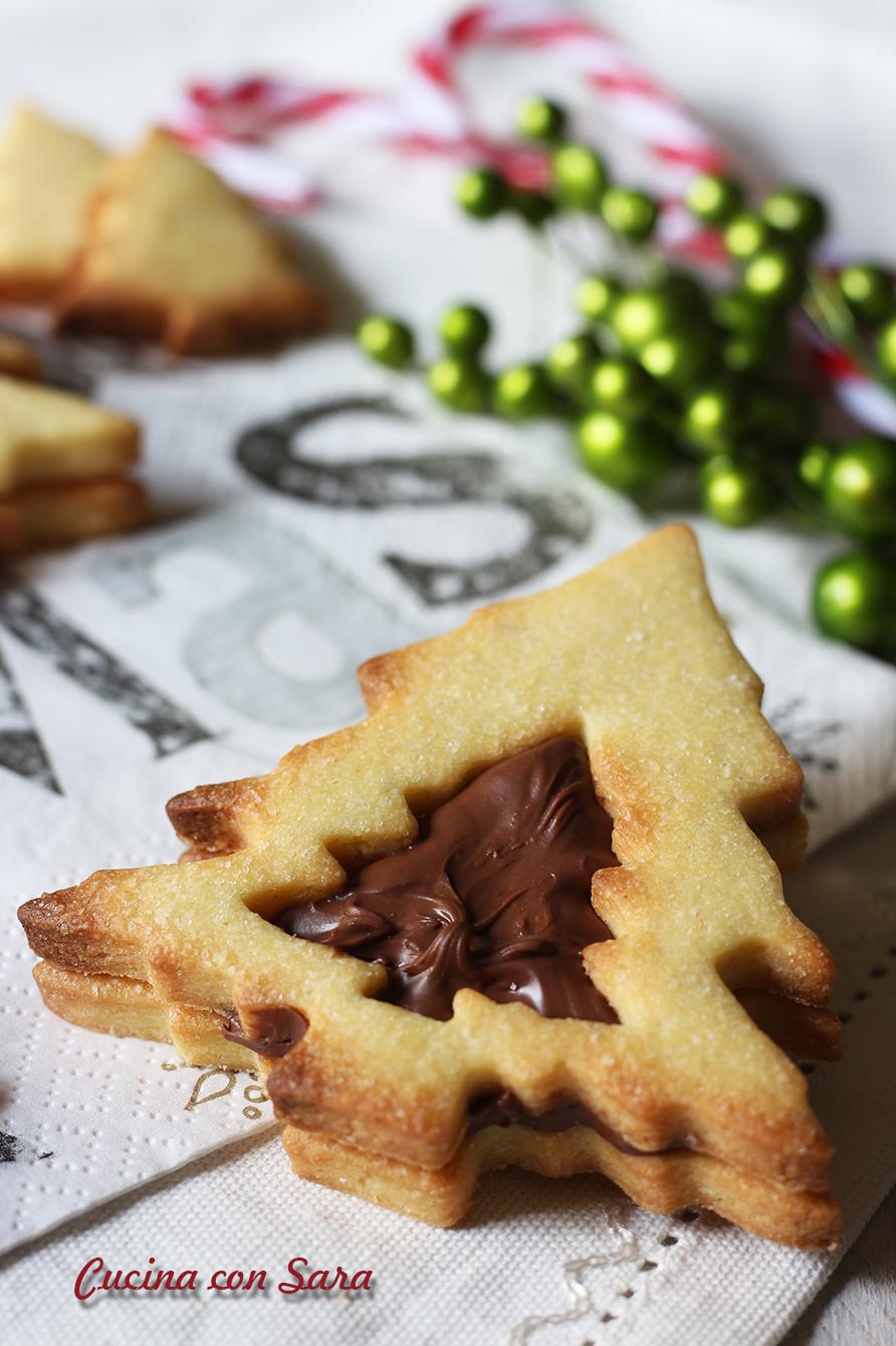 Sara Cucina Biscotti Di Natale.Biscotti Natalizi Alla Nutella Semplicissimi E Golosissimi