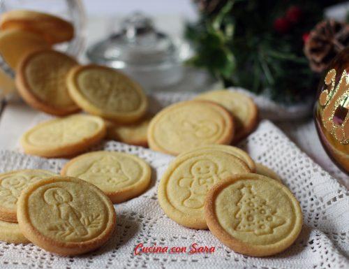 Biscotti al burro natalizi