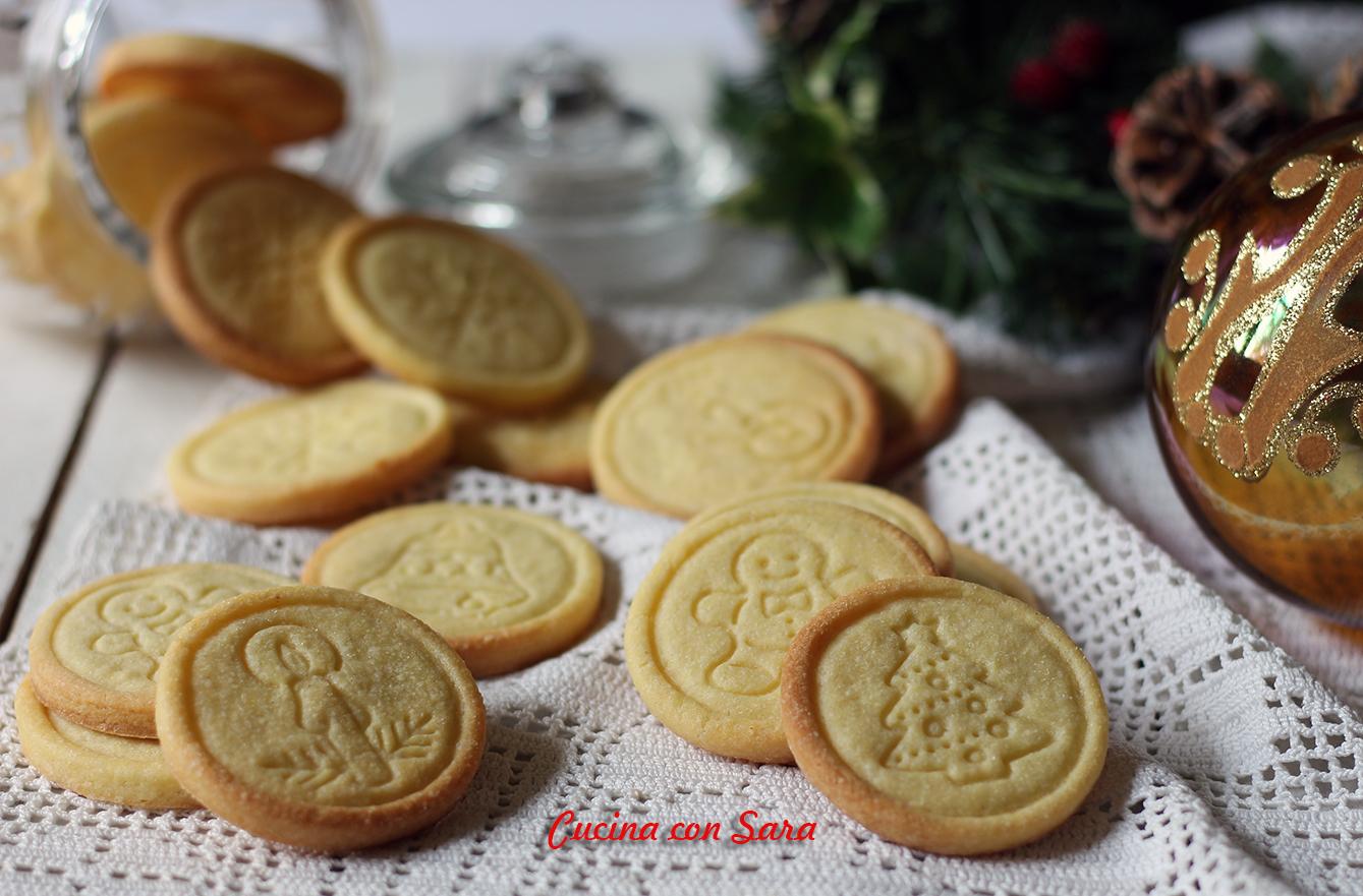 Sara Cucina Biscotti Di Natale.Biscotti Al Burro Natalizi Ricetta Pasta Frolla Perfetta