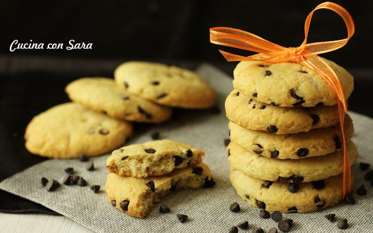 Biscotti light con gocce di cioccolato