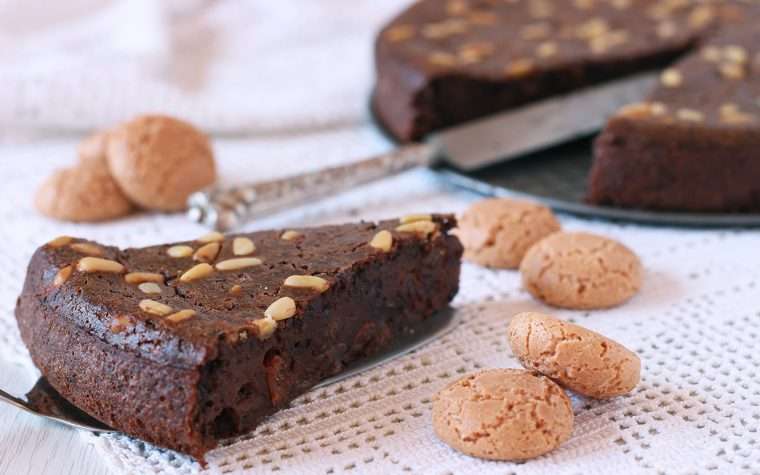 Torta di pane, cioccolato e cous cous