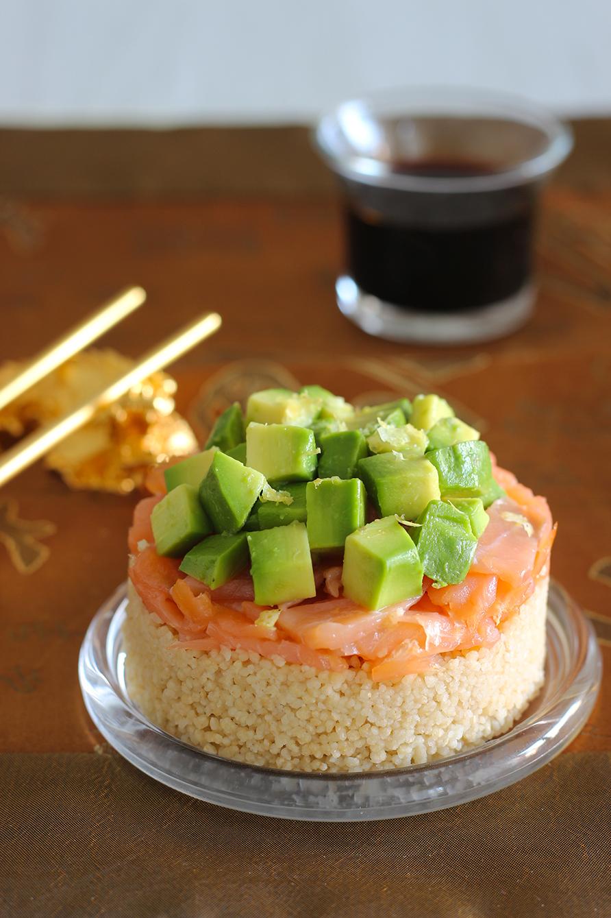 Tartare di salmone, avocado e cous cous, cucina con sara