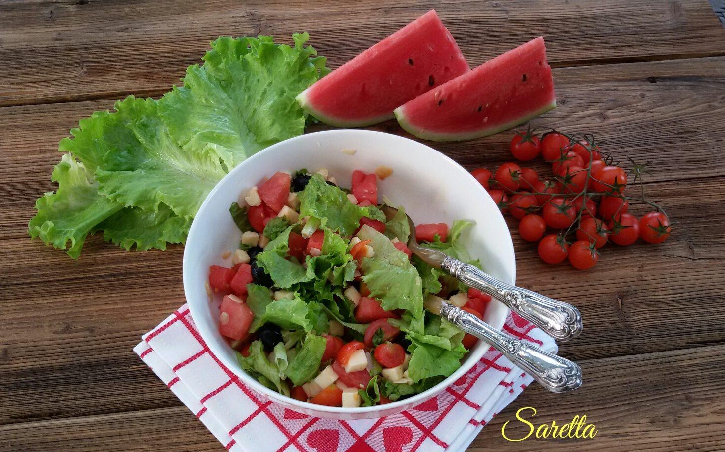 insalata fresca con anguria