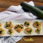 Tartine con zucchine e gamberetti