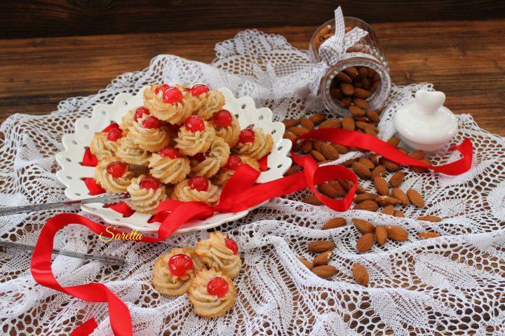 pasticcini siciliani in pasta di mandorle
