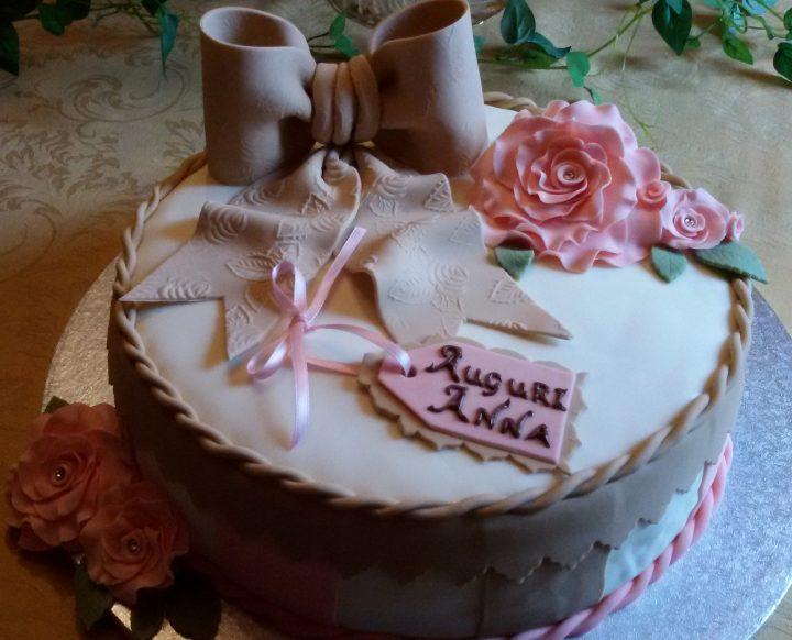 torta scatola regalo