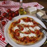 Pizza con cornicione con lievito madre
