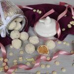 Palline di pandoro cioccolato e cocco