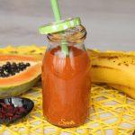 Smoothie papaya banana e goji