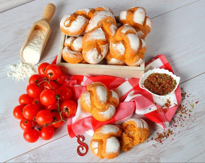 nodini di pane alle erbe aromatiche