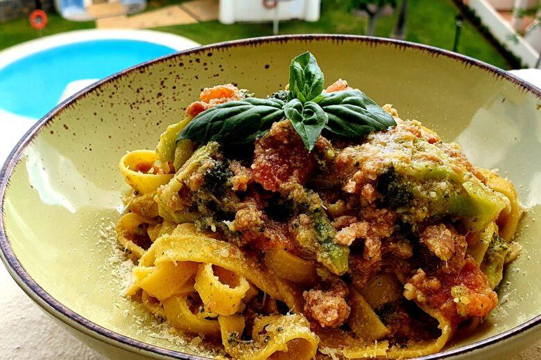Tagliatelle Broccoli e Salsiccia estivi