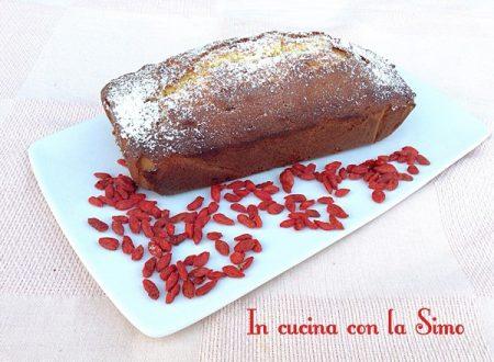PLUM CAKE CON BACCHE DI GOJI
