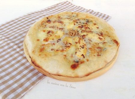 PIZZA GORGONZOLA E MELE