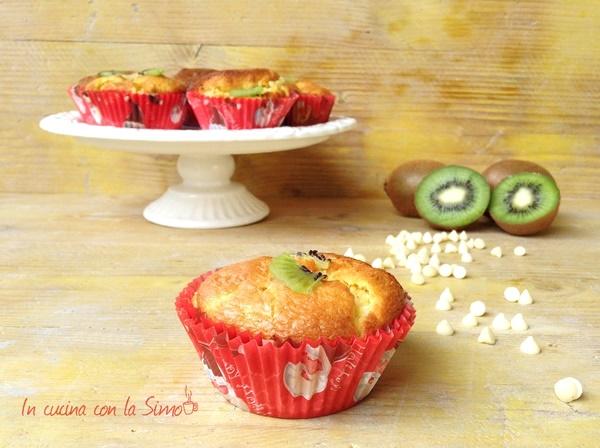 muffin con kiwi e cioccolato bianco