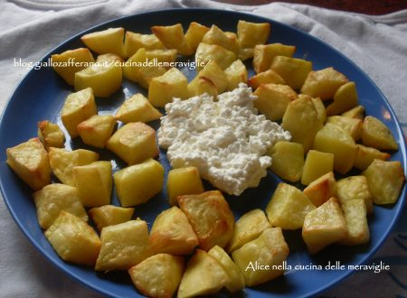 Patate al forno con cottage cheese, ricetta vegetariana