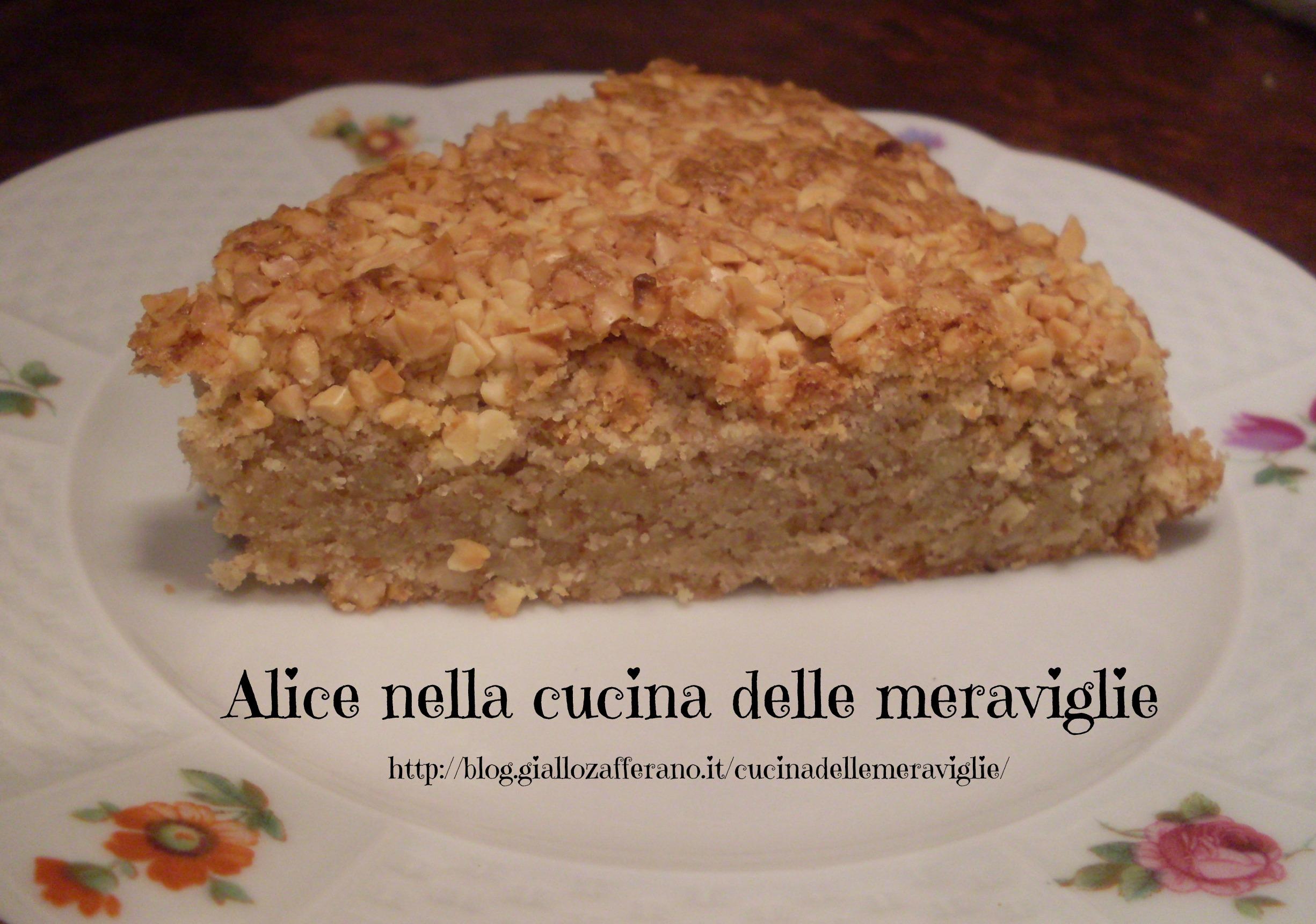 Torta alle mandorle Ricetta dolce Alice nella cucina delle meraviglie
