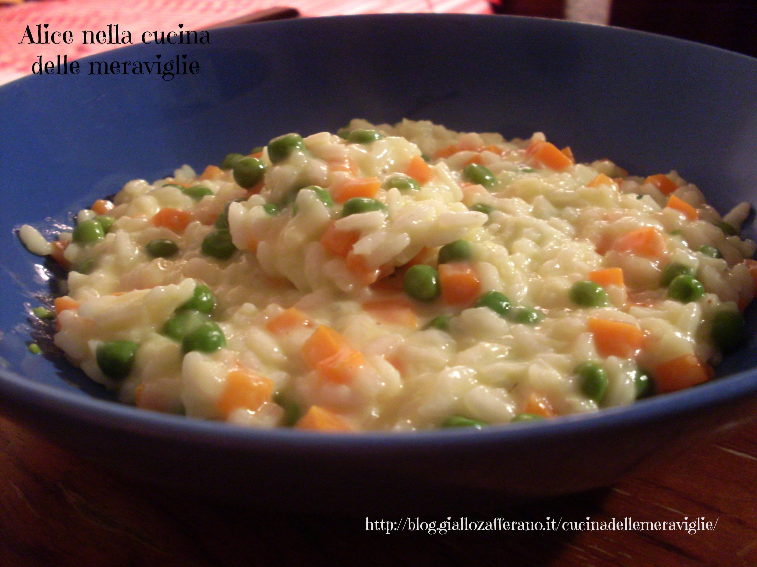 Risotto con piselli, carote e Philadelphia Ricetta primo piatto vegetariano Alice nella cucina delle meraviglie