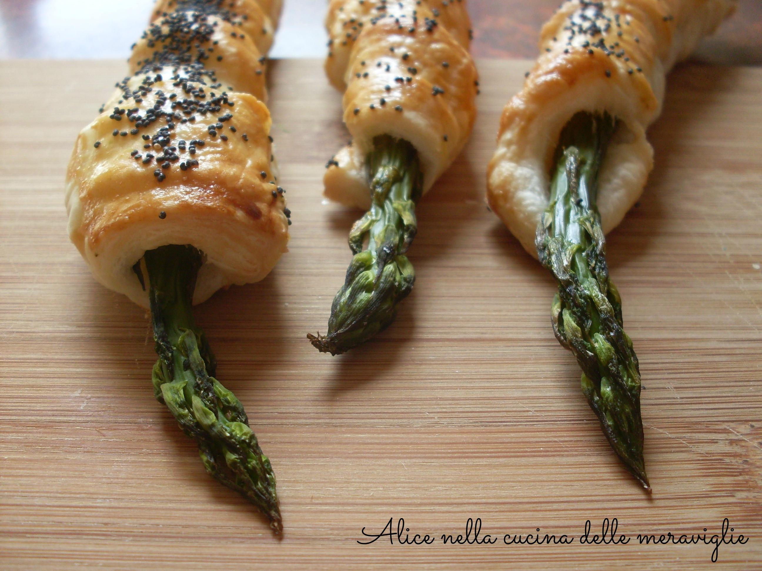 Asparagi in pasta sfoglia Ricetta antipasto vegetariano Alice nella cucina delle meraviglie