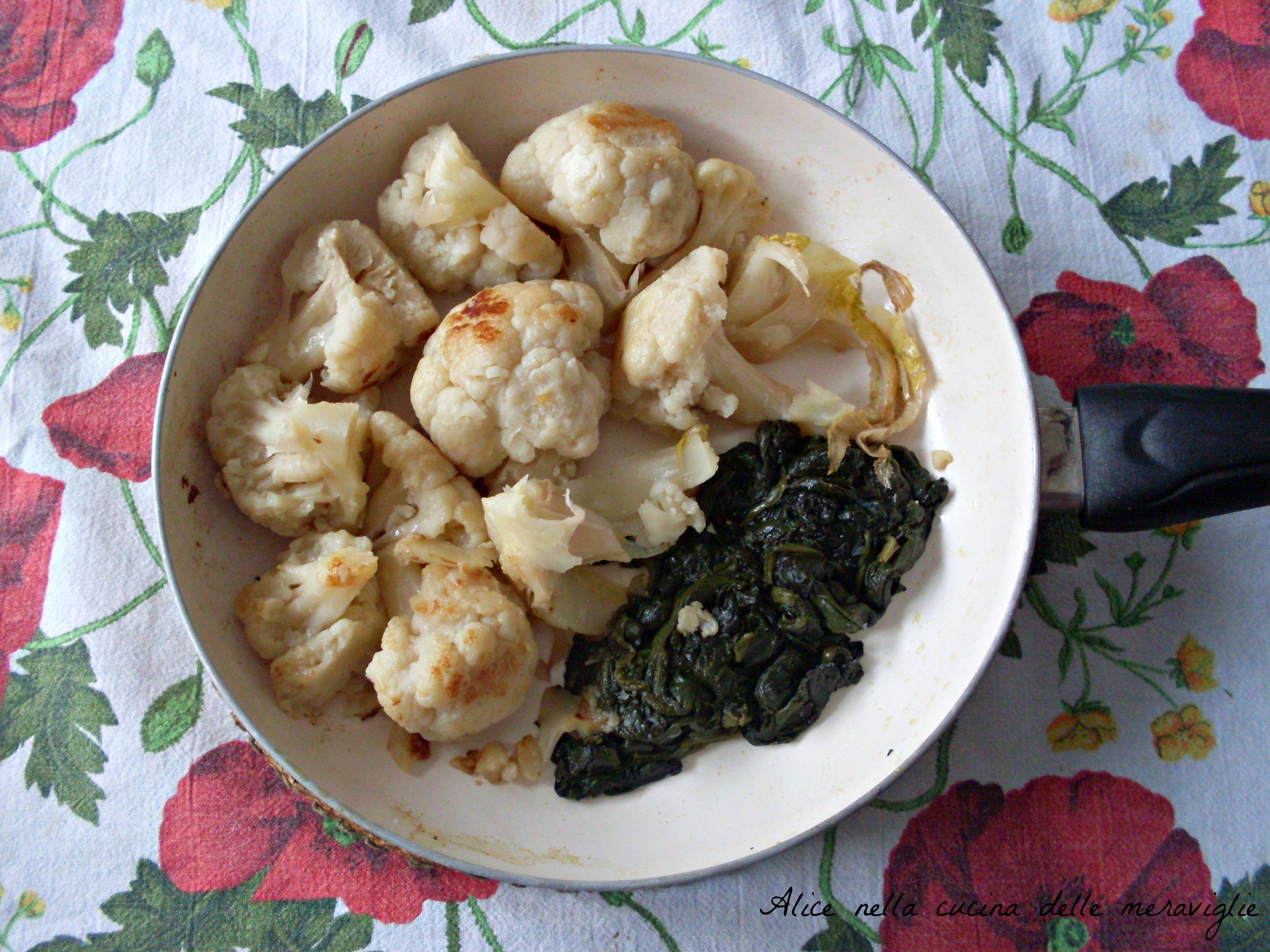 Cavolfiore e spinaci in padella Ricetta contorno vegetariano Alice nella cucina delle meraviglie
