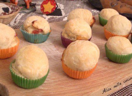 Muffin salati di pasta lievitata, ricetta antipasto