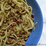 Spaghetti con pesto e pancetta Ricetta primo piatto Alice nella cucina delle meraviglie