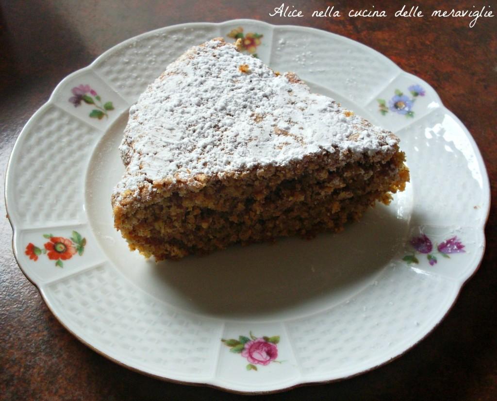 Torta di carote e mandorle Ricetta dolce Alice nella cucina delle meraviglie