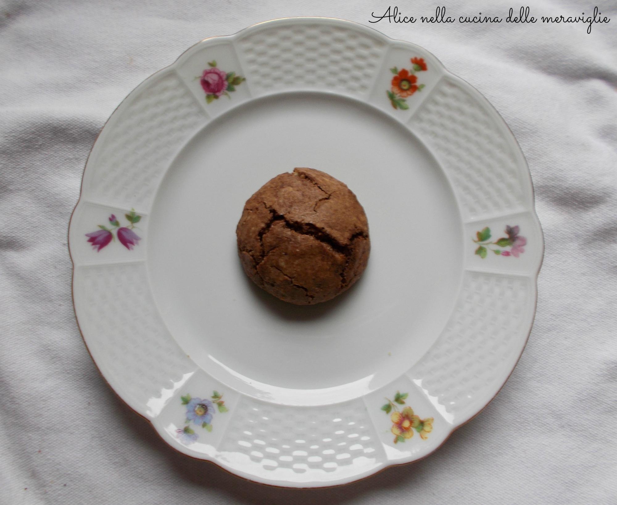Biscotti morbidi alle mandorle e cioccolato Ricetta dolce Alice nella cucina delle meraviglie