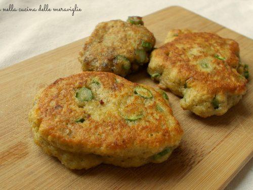 Frittatine con asparagi e pesto, ricetta antipasto vegetariano